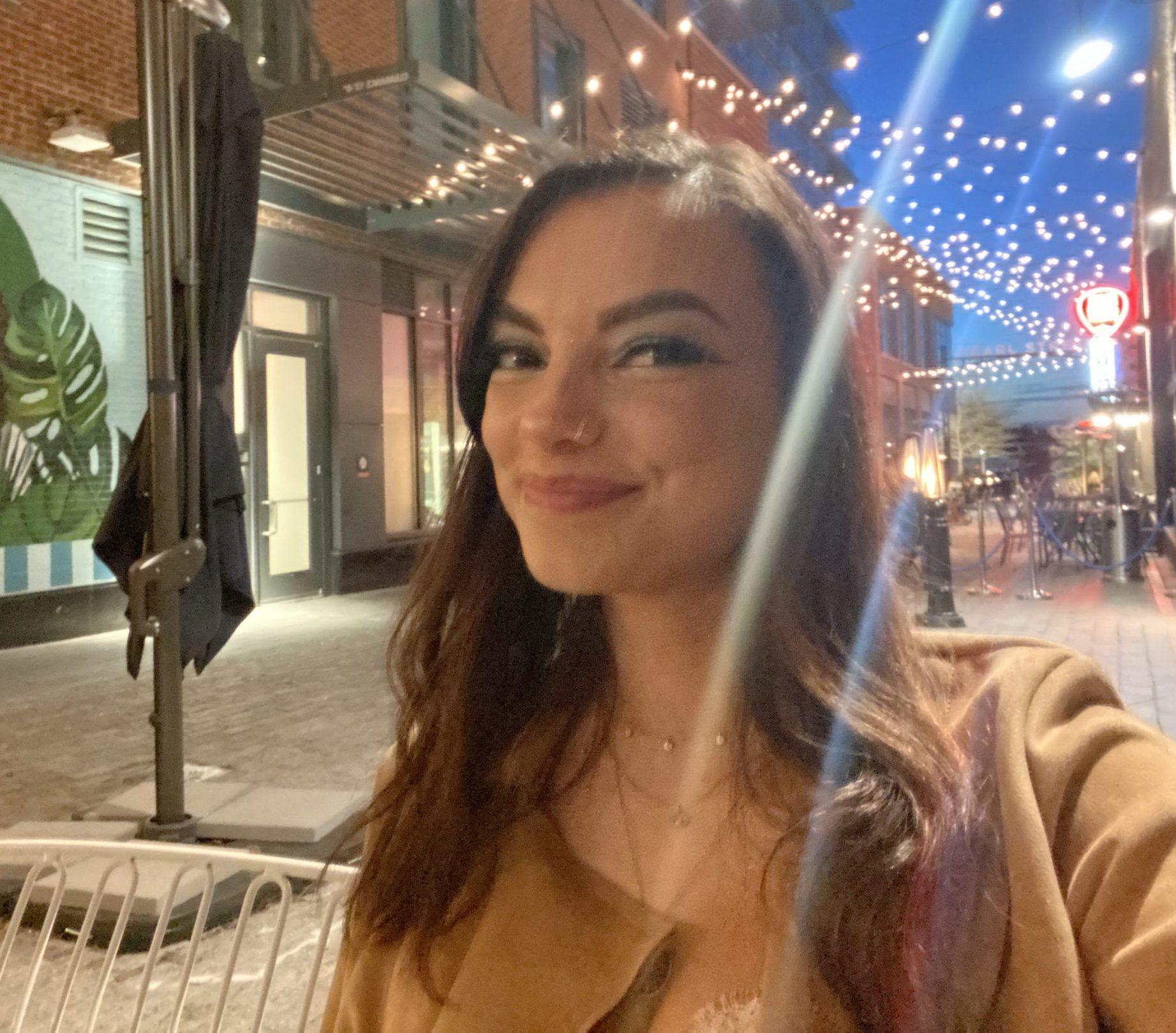 Melissa Robbins Headshot